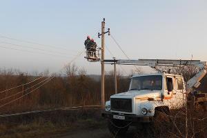"""Ремонт линий электропередач и трансформаторных подстанций выполнили специалисты АО """"НЭСК-электросети""""  в 25 городах Кубани"""