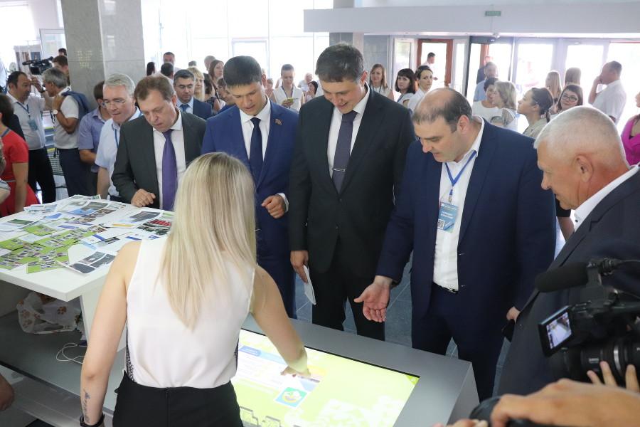 Более 600 участников посетили межмуниципальный бизнес-форум в Новокубанске