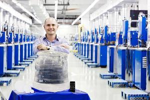 В Ставрополе вырастили первый в мире 300-килограммовый искусственный сапфир