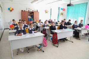"""В российских школах может быть введен """"плавающий"""" график школьных каникул из-за развития туризма"""