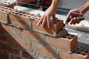 Объем строительных работ на Кубани с начала года сократился на 30%