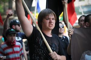Шествие и митинг оппозиционеров в Краснодаре 1 мая ©Елена Синеок. ЮГА.ру