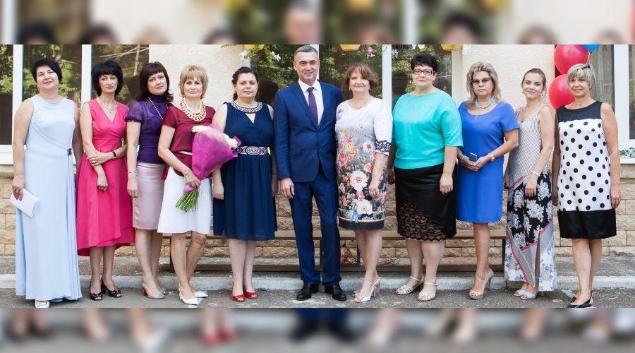 ©Фото с официального сайта ККБМК, в центре - Руслан Андреев