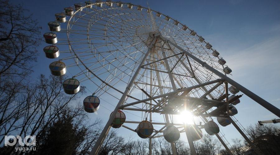Колесо обозрения, Краснодар ©Фото Елены Синеок, Юга.ру
