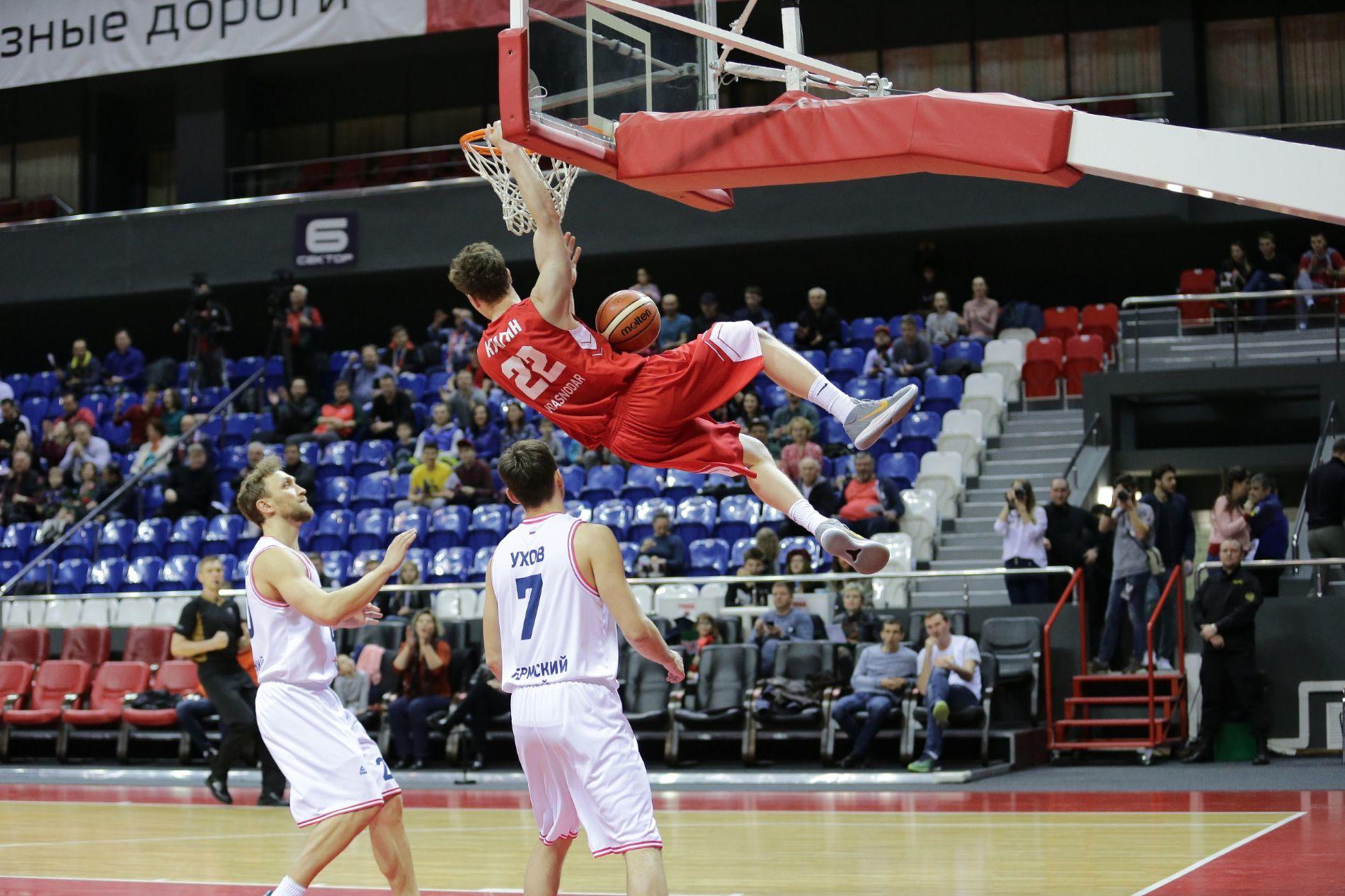Баскетболисты «Локомотив-Кубань» вышли в«Финал четырех» Кубка РФ