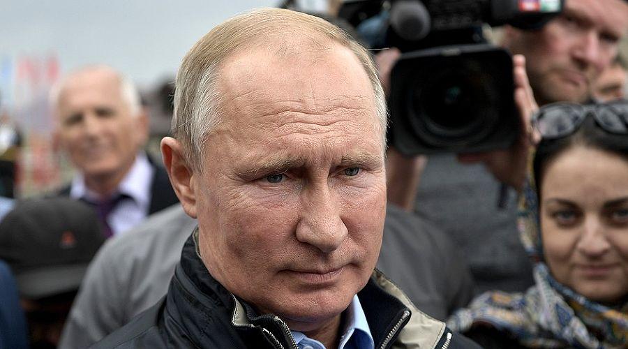 Владимир Путин в дагестанском Ботлихе, 2019 год ©Фото пресс-службы Кремля, kremlin.ru