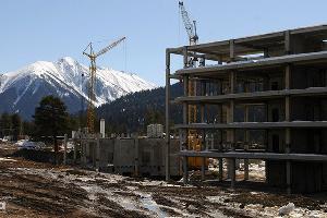 Стройка на горнолыжном курорте Архыз ©Елена Синеок. ЮГА.ру