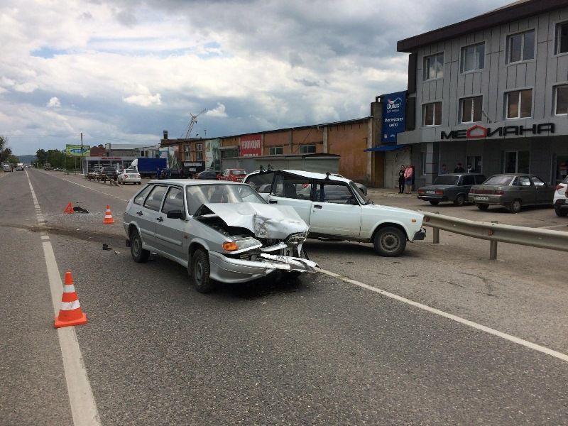 Автоледи на«Хендае» врезалась вПредгорном районе Ставрополья вмагазин