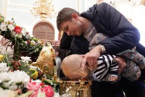 Крестный ход с мощами апостолов и Матроны Московской в Ставрополе ©Эдуард Корниенко, ЮГА.ру