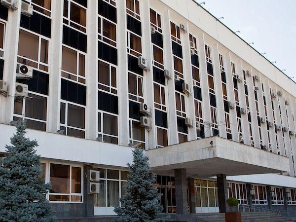 Надолжность главы города Краснодара зарегистрированы три кандидата