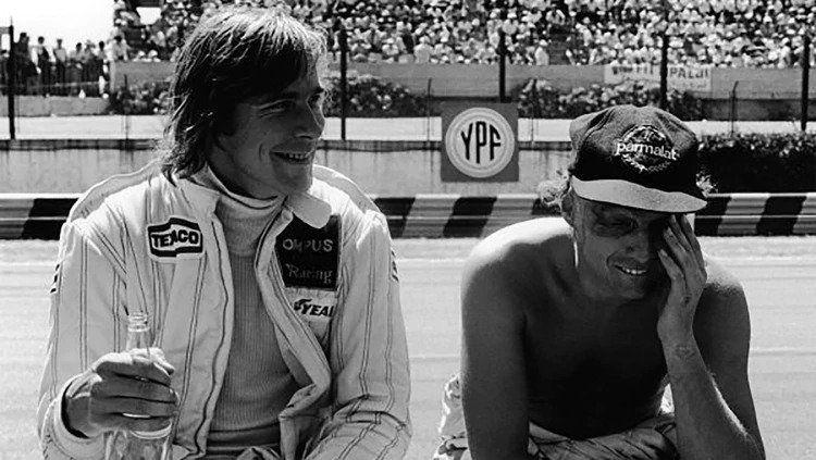 Джеймс Хант и Ники Лауда. Гран-при Аргентины ©Фото it.wikimedia.org