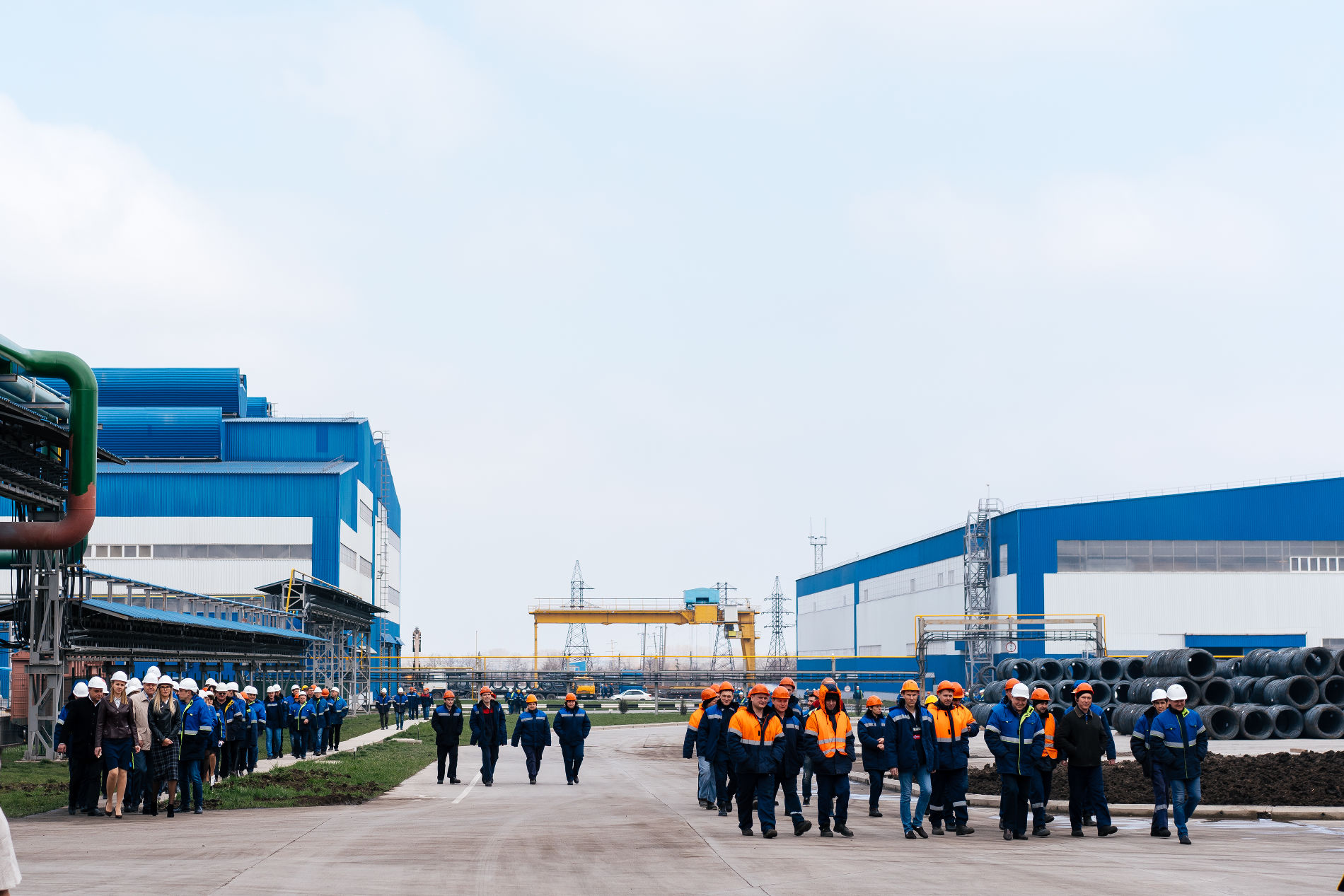 Запуск четвертой очереди Абинского ЭлектроМеталлургического завода ©Фото пресс-службы АЭМЗ