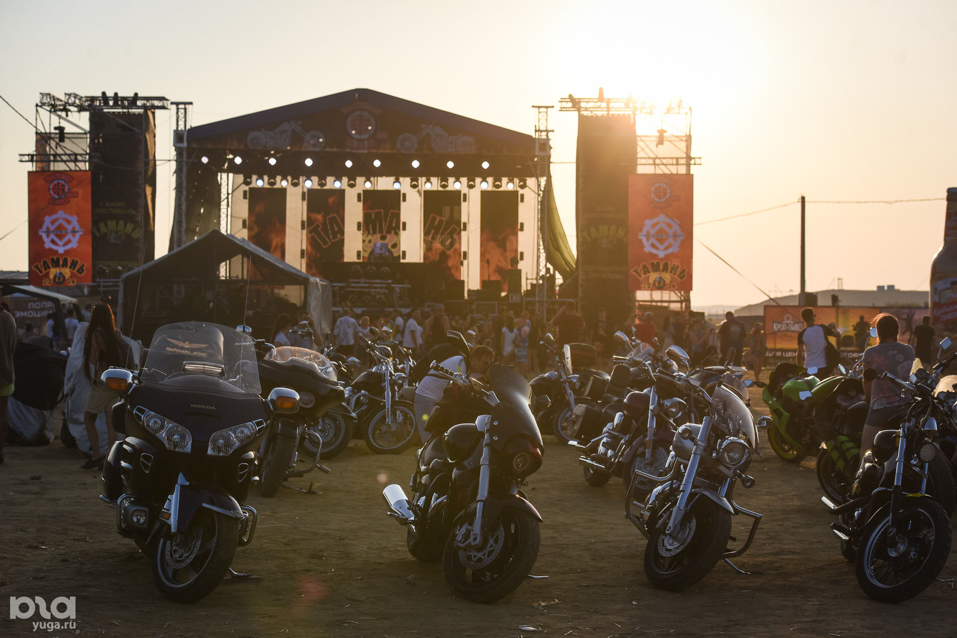 Международный байк-фестиваль «Тамань — полуостров свободы» в Веселовке ©Фото Елены Синеок, Юга.ру