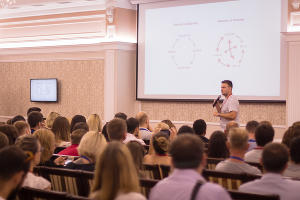 Мастер-класс Романа Тарасенко в рамках Alfa Business Week ©Фото предоставлено организаторами