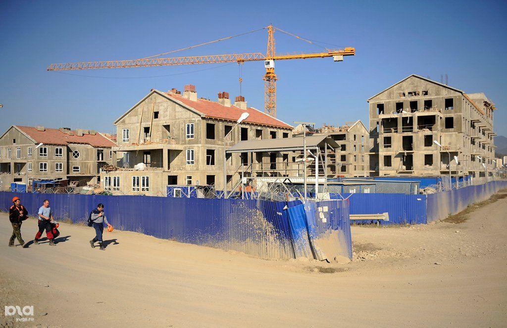 фото строительства основной олимпийской деревни порадуют путешественников фламинго