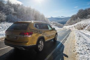 За снегом на Volkswagen Teramont ©Фото Елены Синеок, Юга.ру