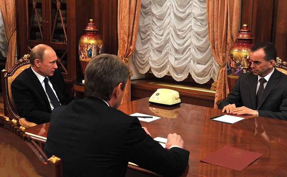 22 апреля 2015 года. В. Путин назначил В. Кондратьева и.о. губернатора Краснодарского края ©Фото пресс-службы Кремля