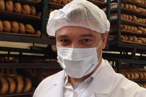 Селфи Первышова на хлебзаводе ©Фото из телеграм-канала Евгения Первышова, t.me/PervyshovEA