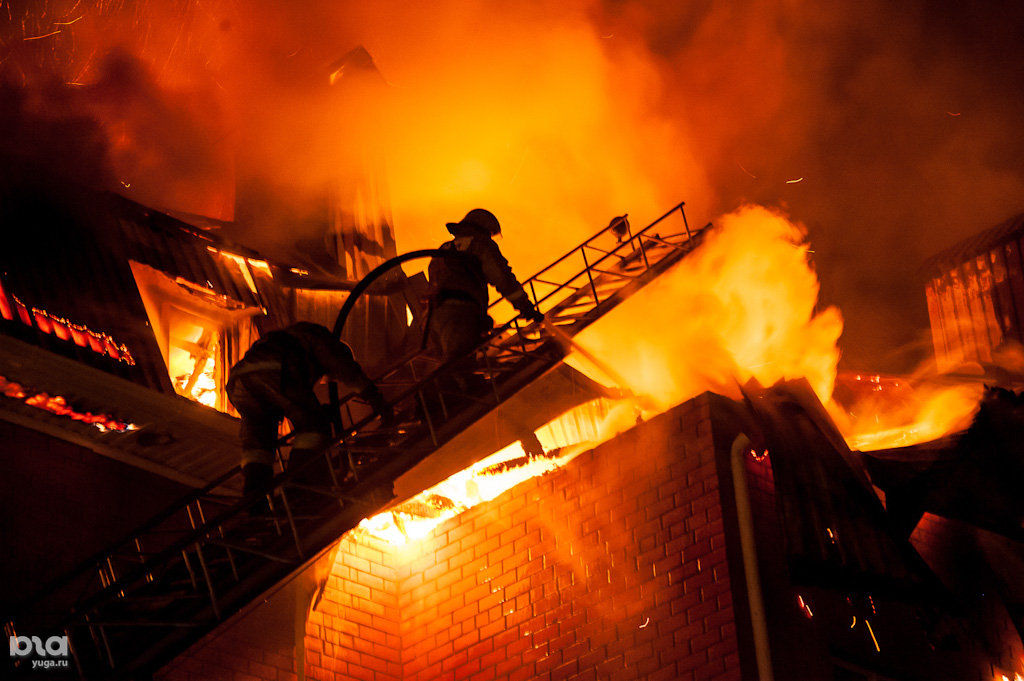 ВАнапе впожаре умер мужчина