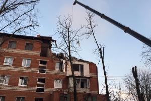 Работы в доме на ул. Славянской, 75 ©Фото пресс-службы администрации Краснодара