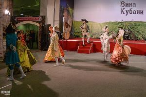 Винная ярмарка открылась в Краснодаре ©Алёна Живцова, ЮГА.ру