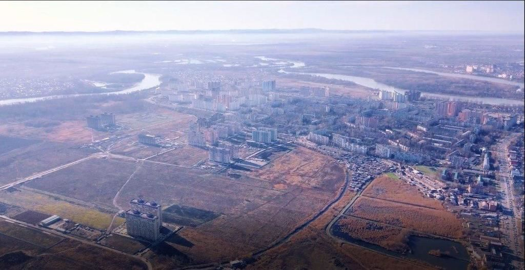 «Яма», или Пашковские плавни — территория между улицами Мачуги, Бородинской, Благоева, Снесарева и рекой Кубанью