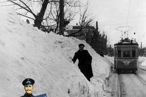 Сугробы на улице Коммунаров, зима 1954 года ©Фото из архива Б.М. Ткача, myekaterinodar.ru