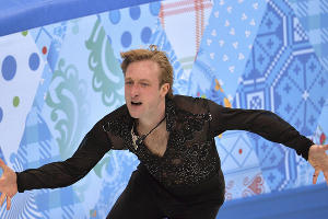 Фигурист Евгений Плющенко завоевал золото в командных соревнованиях по фигурному катанию ©РИА Новости