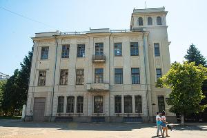 Доходный дом подрядчика Ф. Н. Акулова в Краснодаре ©Фото Елены Синеок, Юга.ру