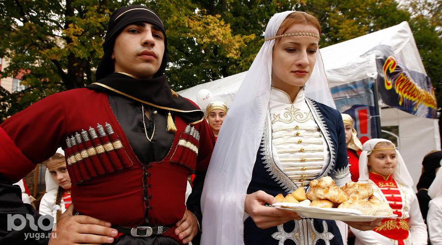 Фестиваль сыра в Майкопе ©Фото Влада Александрова, Юга.ру