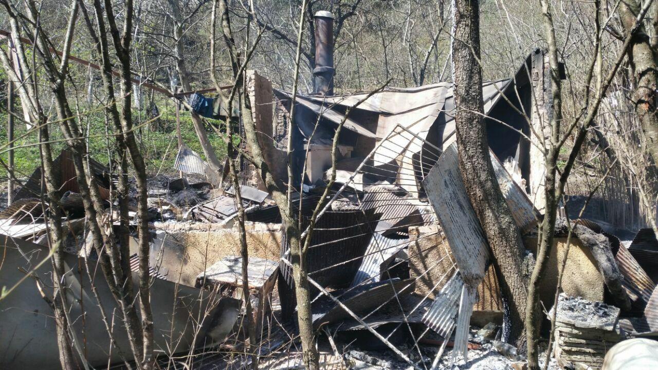 ВКисловодске из-за пожара взаброшенной даче умер человек