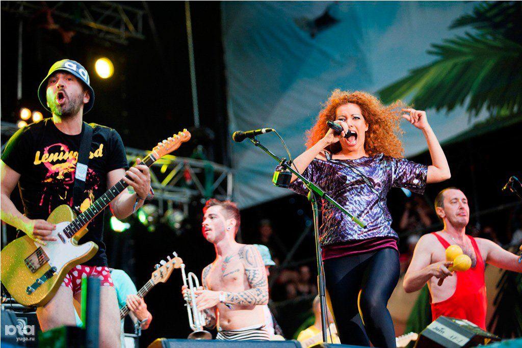 Выступление «Ленинграда» на KUBANA-2012 ©Фото Татьяны Шахуновой, Юга.ру