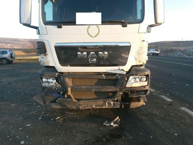 Под Ставрополем вДТП с грузовым автомобилем умер мужчина