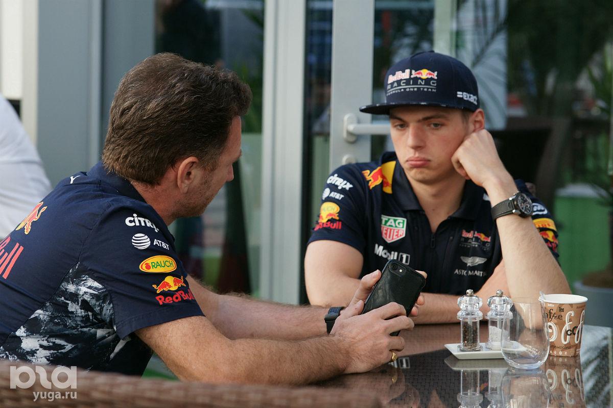 Сладкая парочка не только руководства Red Bull Racing ©Фото Евгения Мельченко, Юга.ру