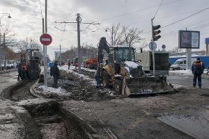 В Краснодаре начали строить трамвайную линию на улице Московской ©Фото Дмитрия Пославского, Юга.ру