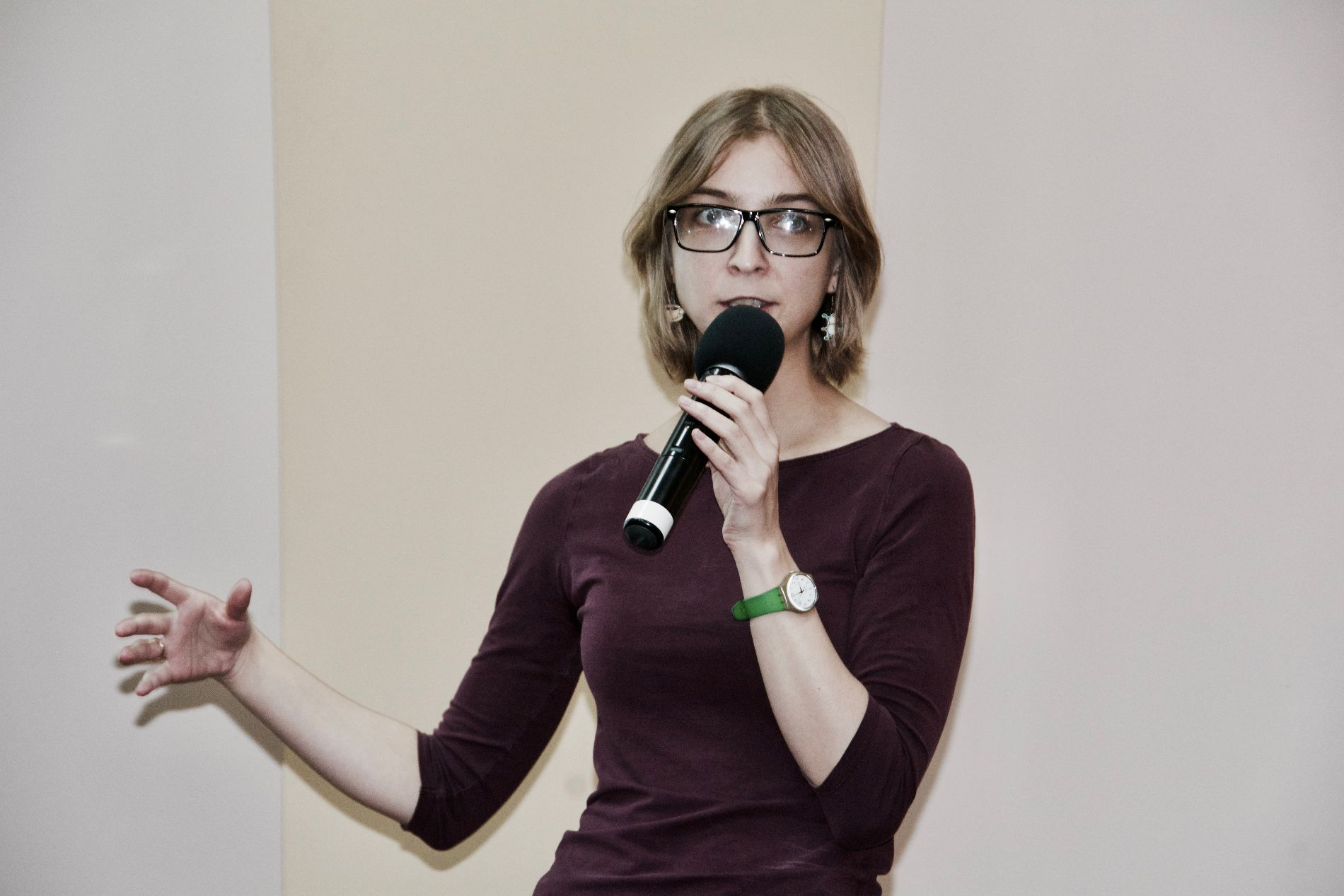 Ася Казанцева на лекции в Краснодаре 9 октября 2016 года, фото Анастасии Андерс ©Фото Юга.ру