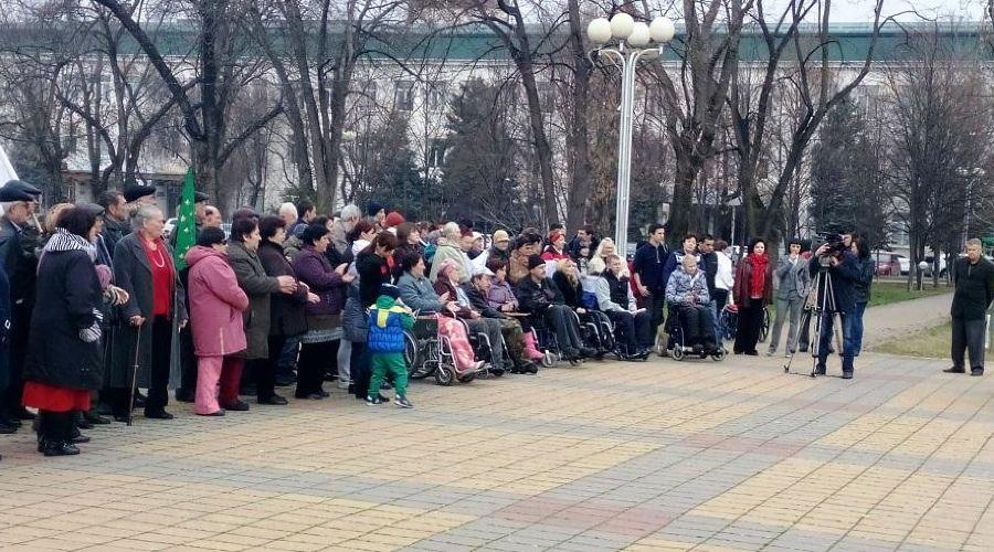 В Адыгее для инвалидов организовали массовую поездку на плато Лагонаки ©Фото Юга.ру