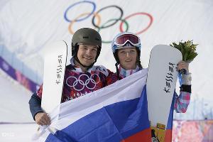 Сноубордист Вик Уайлд и его жена Алена Заварзина - медалисты Игр-2014 ©РИА Новости