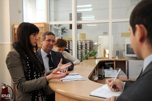 Первая вебкамера для наблюдения за президентскими выборами ©Елена Синеок. ЮГА.ру