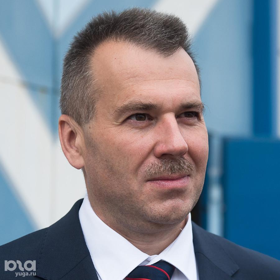 Владимир Лютов