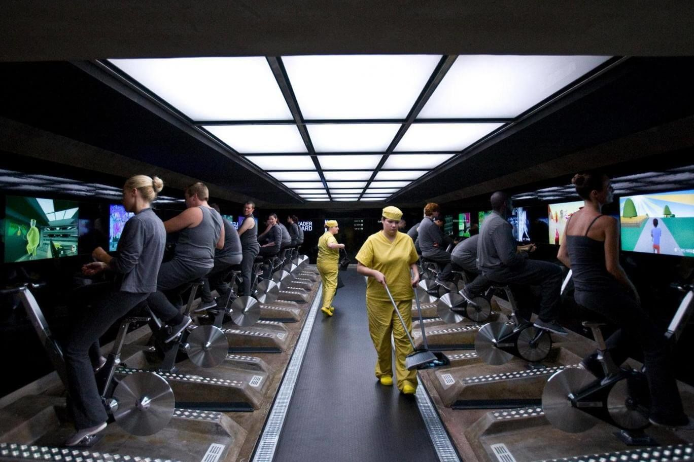 Рабочие места ©Кадр из сериала «Черное зеркало». Эпизод «15 миллионов заслуг»