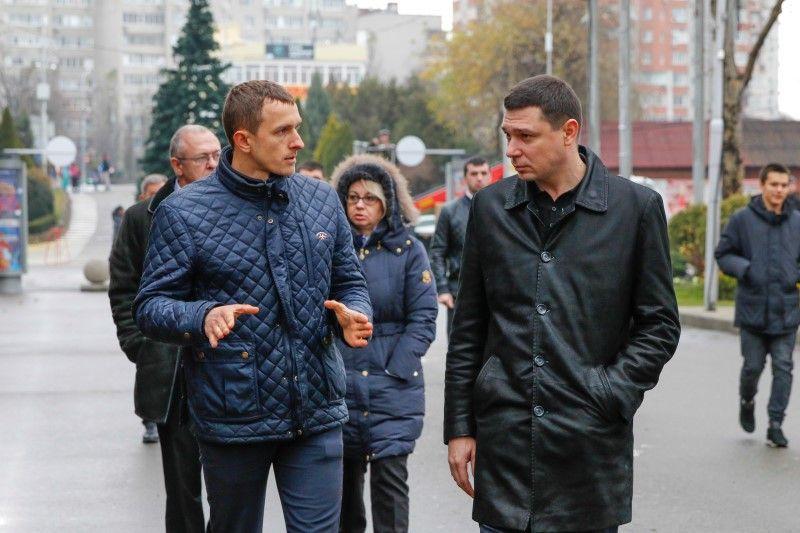 Первышов требует очистить парки Краснодара отнезаконных построек