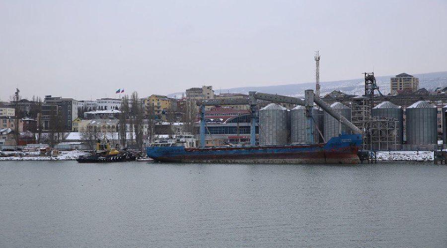 Махачкалинский морской торговый порт ©Фото пресс-службы правительства Дагестана