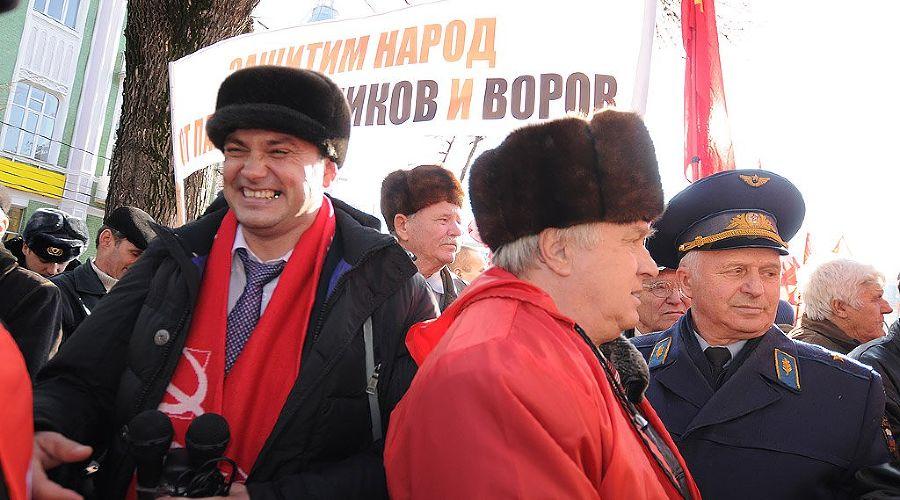 """Митинг """"За честные выборы"""" в Краснодаре ©Елена Синеок. ЮГА.ру"""