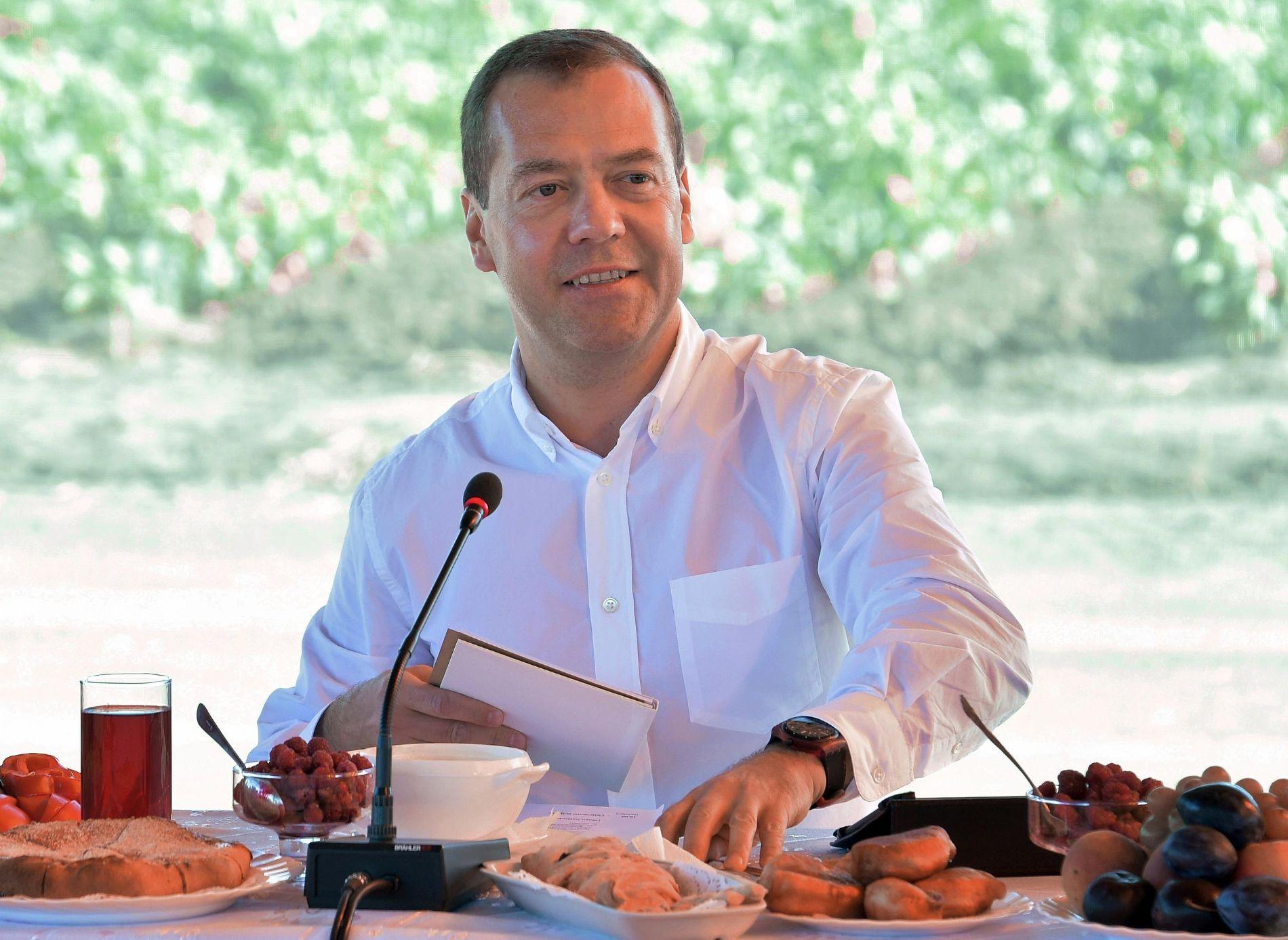 Кумпилов оповестил Медведеву обизменении структуры АПК вАдыгее