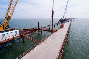 Строительство Крымского моста ©Фото Виталия Тимкива, Юга.ру