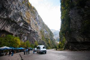 Юпшарский каньон ©Елена Синеок, ЮГА.ру