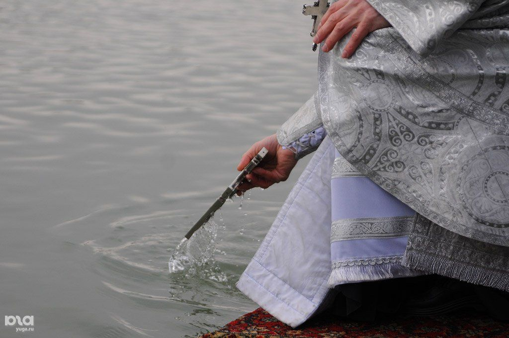 ВГорячем Ключе пенсионер умер отсердечного заболевания, готовясь ккрещенскому купанию