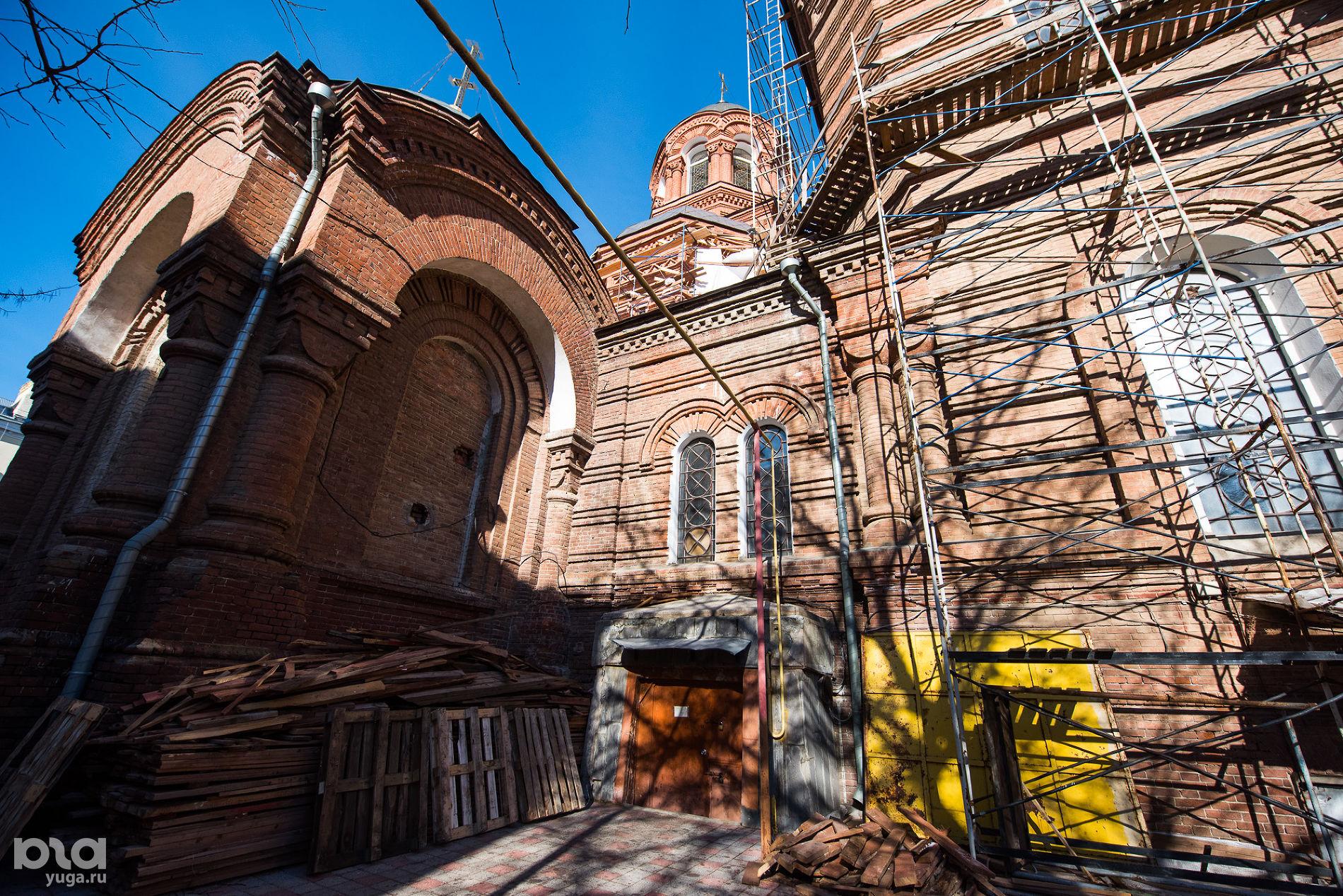 Свято-Екатерининский храм ©Фото Елены Синеок, Юга.ру