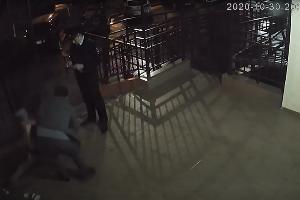 """©Скриншот видео с ютуб-канала """"Комитета против пыток"""", youtube.com/channel/UC05o_jac52aYPTjxKbPM4LQ"""